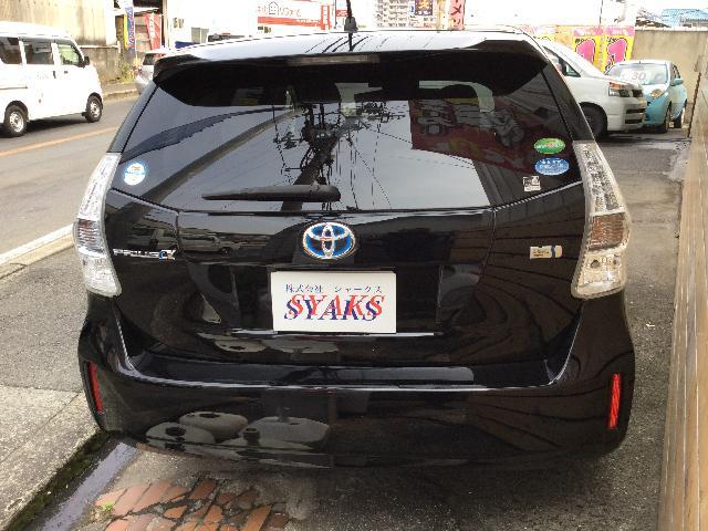 トヨタ プリウスα 1.8 S チューン ブラック